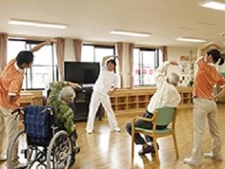 お昼を挟んで4H!〇有料老人ホームの生活サポーター〇経験不問 イメージ2