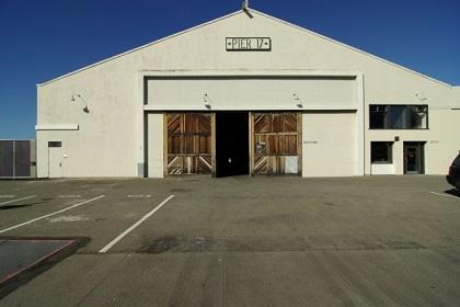 狭山市の綺麗な倉庫内で軽作業!【時短勤務有り・週4日~OK】 イメージ1