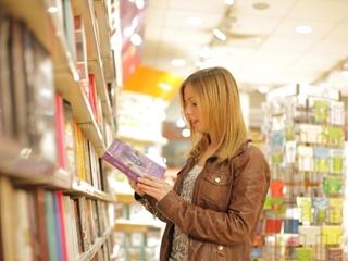 <週3から>読書の秋です。本屋さんの本をキレイにするお手伝い イメージ1
