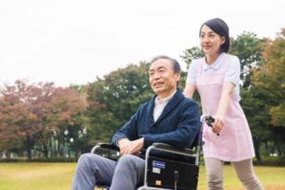 【未経験ok✱即日勤務可能】有料老人ホームの施設スタッフ イメージ1