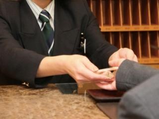 夜勤なし・シフト制!ビジネスホテルのフロント業務 イメージ1