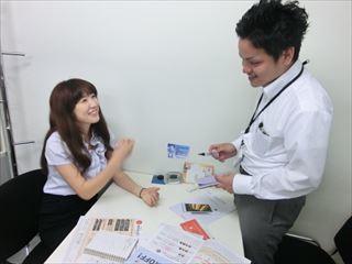 8月~《日給14500円》女性・学生活躍中!店頭イベント♥ イメージ2
