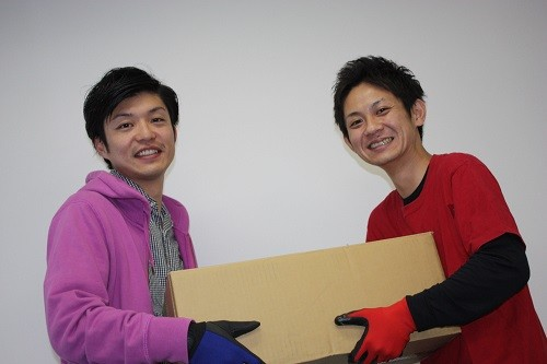 急募12名【夜勤】最大1750円*ピカピカ倉庫で荷物の仕分け イメージ1