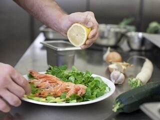 \週3日からOK!/ベーカリーカフェで調理のお手伝い@六本木 イメージ1