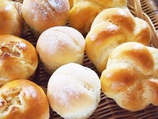 年齢不問×未経験○!週3~4▼スーパーでパン作り⇒1450円 イメージ2