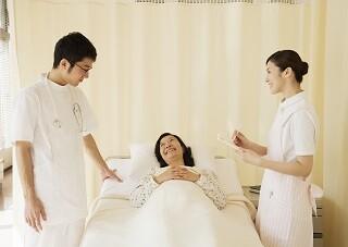 週3/時短など*未経験・無資格OK!看護師さんのアシスタント イメージ2