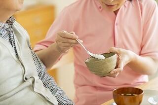 年齢不問≪日収1.1万円&週3日≫高齢者の生活のお手伝い イメージ1